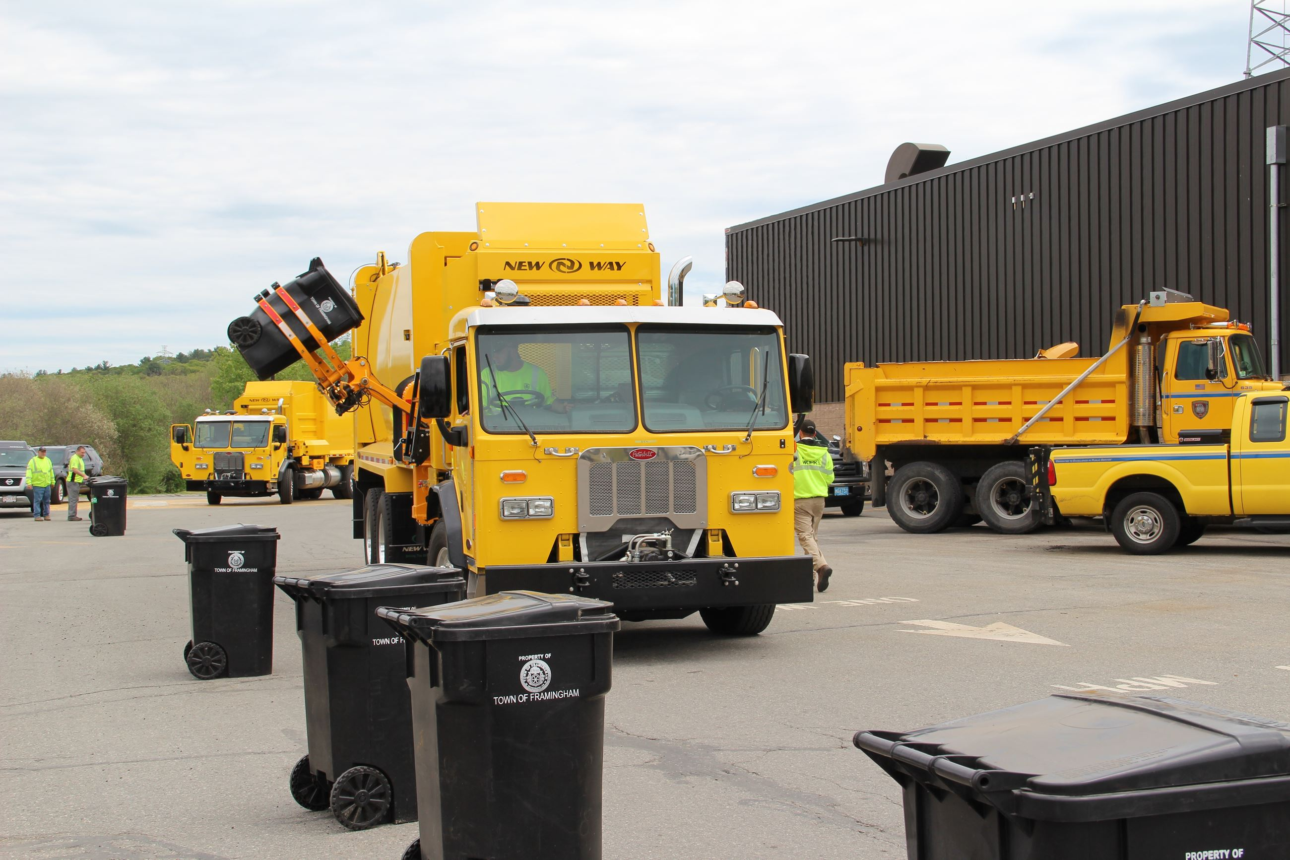 Yellow Trash Truck